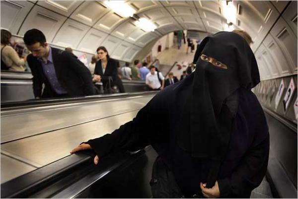Название: Italy-niqab.jpg Просмотров: 658  Размер: 32.2 Кб